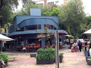 ¿Visitas la Ciudad de México con tu mejor amigo?