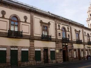 Visita el antiguo Real Hospital de San Juan de Dios