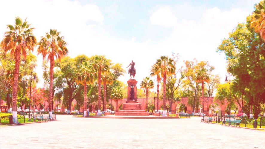 Estatua Ecuestre del Patriota Morelos